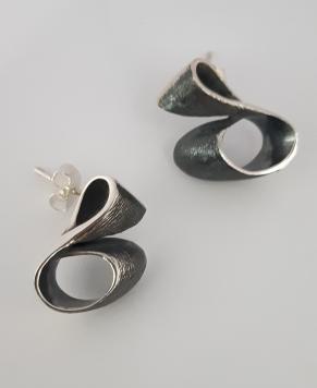 Дамски сребърни обеци-77