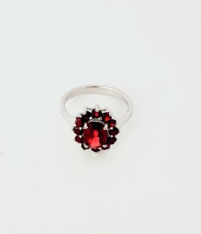 Дамски сребърен пръстен 8
